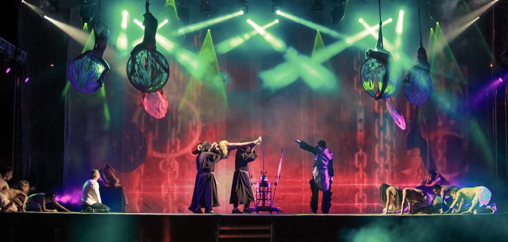 Magic Show iluzjonista Marcin Muszynski